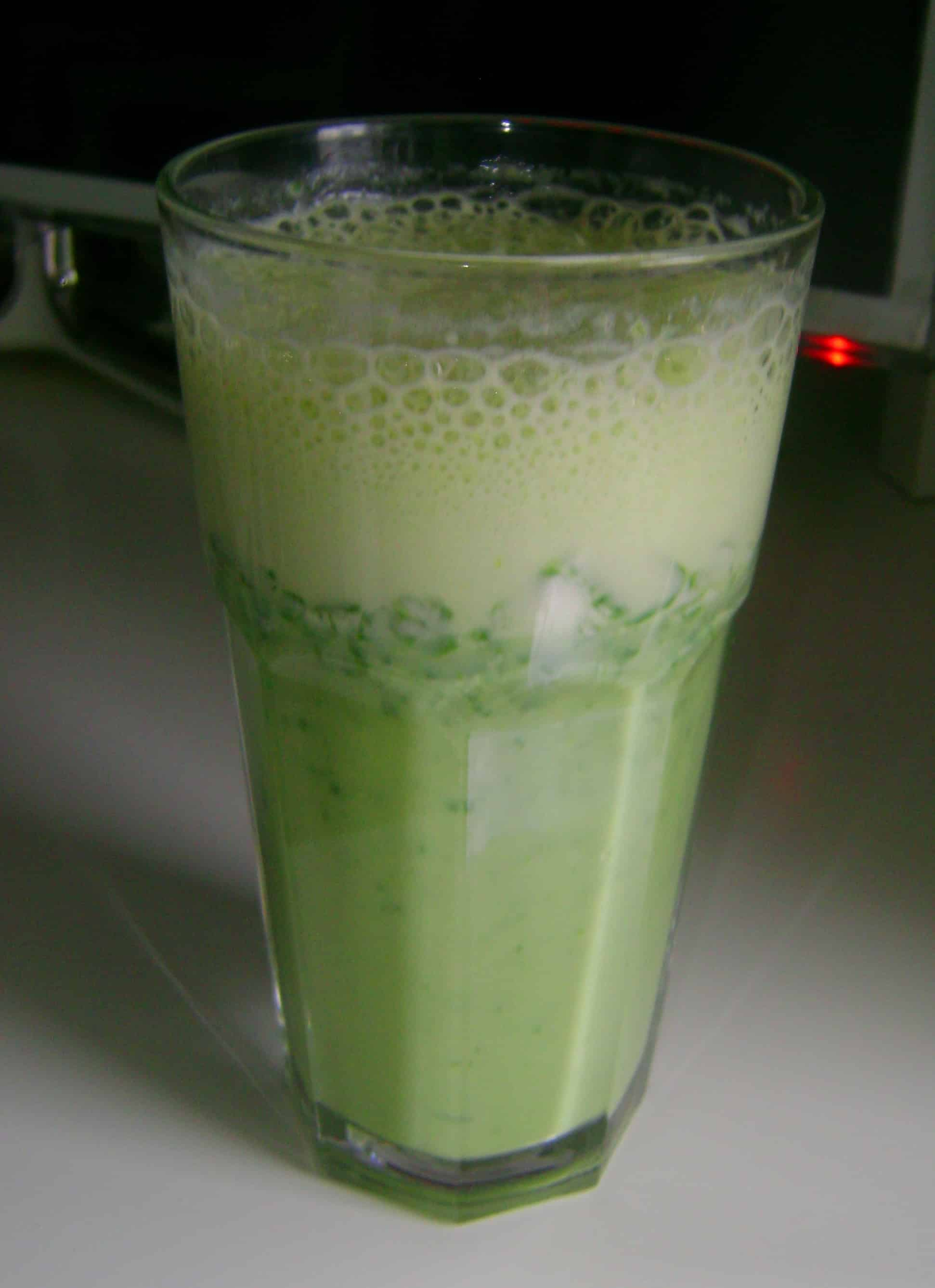 Spinach shake for breakfast